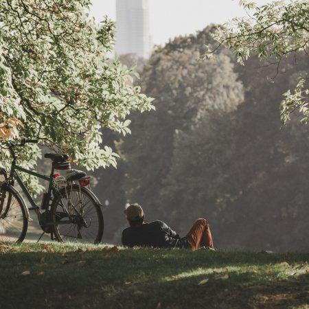 Vacanze estive sostenibili in bicicletta: quattro mete italiane